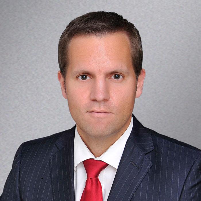 Dr. Frederic Ufer